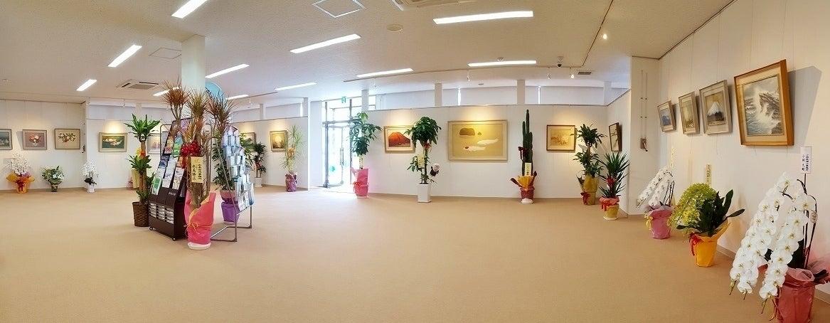 駐車場あり!鳥取一の大通り沿い!大きなギャラリーで展示会やワークショップをしませんか? の写真