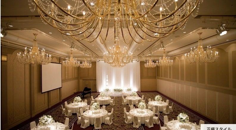 ロイヤルホール(4階)〜国際的なコンベンションから大規模なパーティーまで〜