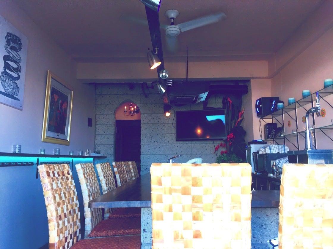 神奈川県三浦市 貸切プライベートバー&テラススペース【アズライト】 のサムネイル