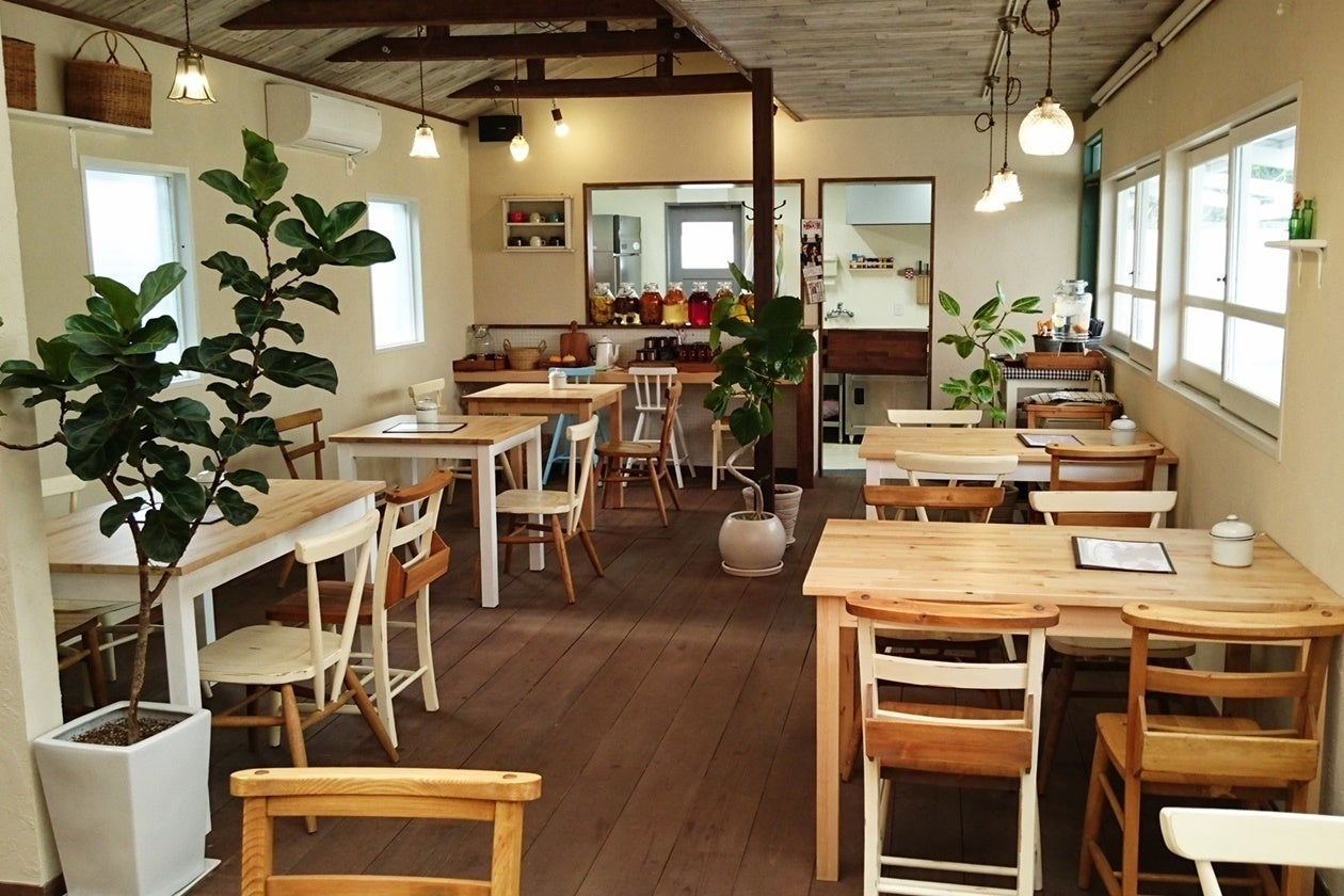 おしゃれなカフェで、ロケ撮影、講演会、展示会、イベントなどに。(ごはんとおやつと暮らしの道具店コケット(Cafe Coquette)) の写真0