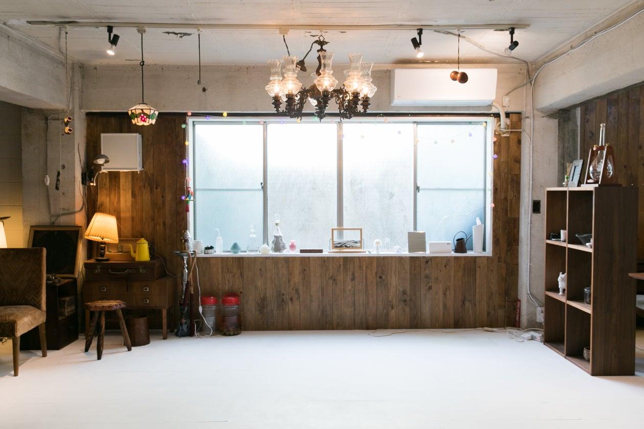 【牛込柳町5分】キッチン付き撮影スタジオ 会議室 ホワイトボード 控室あり 新宿 神楽坂【AYUMI STUDIO】 の写真