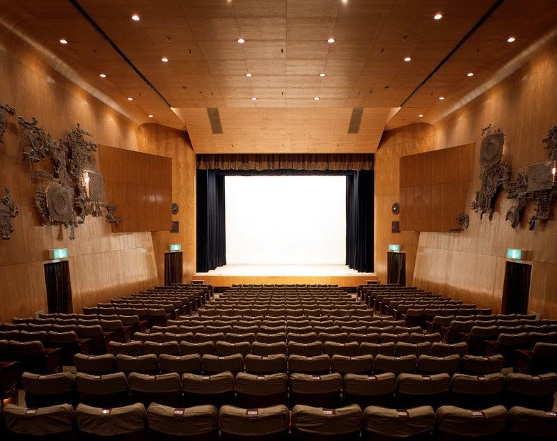 【新宿駅から徒歩5分】「新劇の甲子園」とも呼ばれる老舗劇場、紀伊國屋ホールでイベントを主催しませんか?(紀伊國屋ホール) の写真0