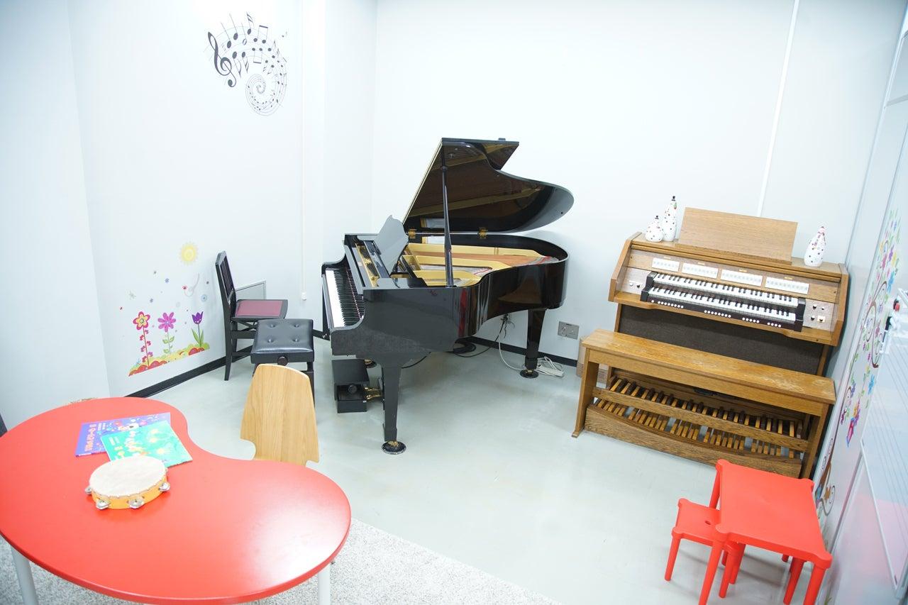 【グランドピアノ・電子チャーチオルガン付き】練習・会議・撮影など大歓迎!