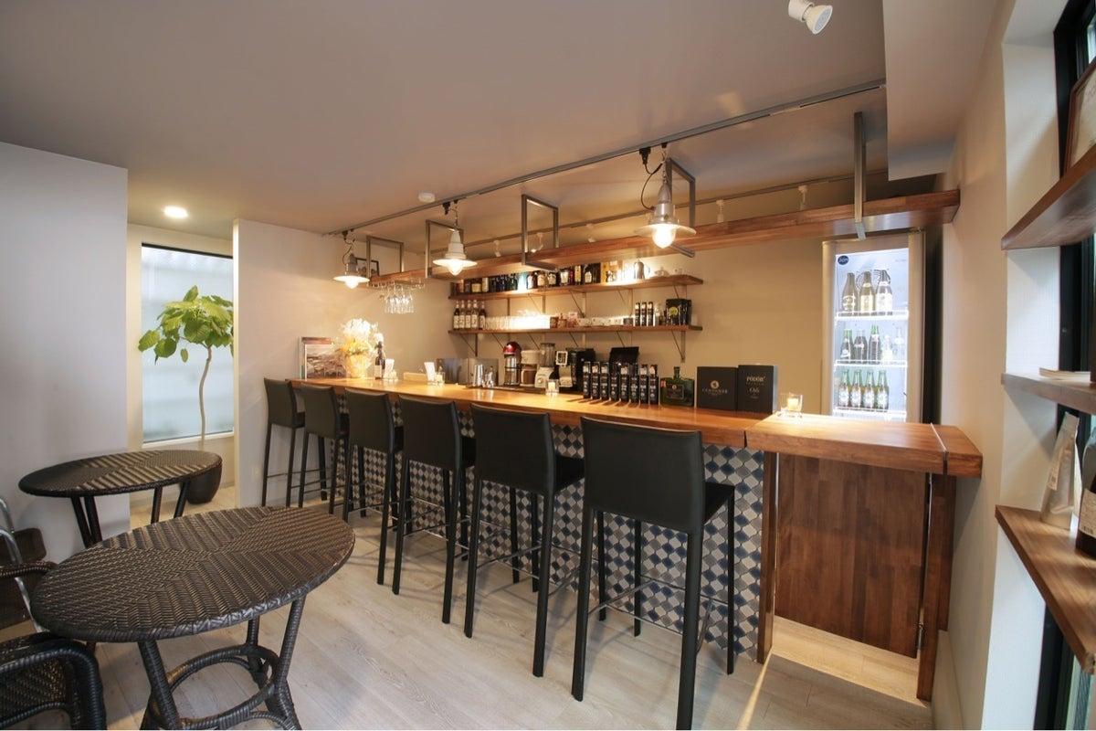 経堂 リリィスタジオ& cafe   新築テナントにオープンしたばかりのカフェスタジオです。食材の持ち込み可能。 の写真