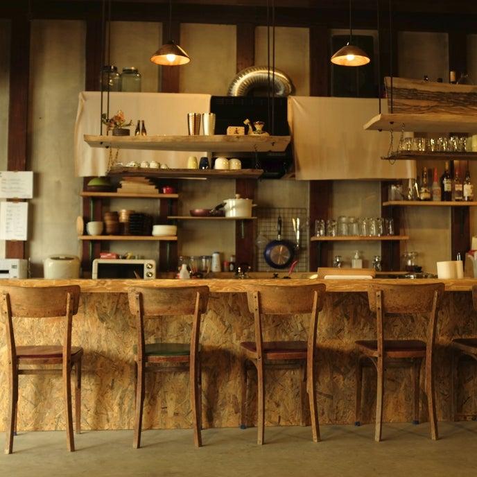 Bar:カウンター席