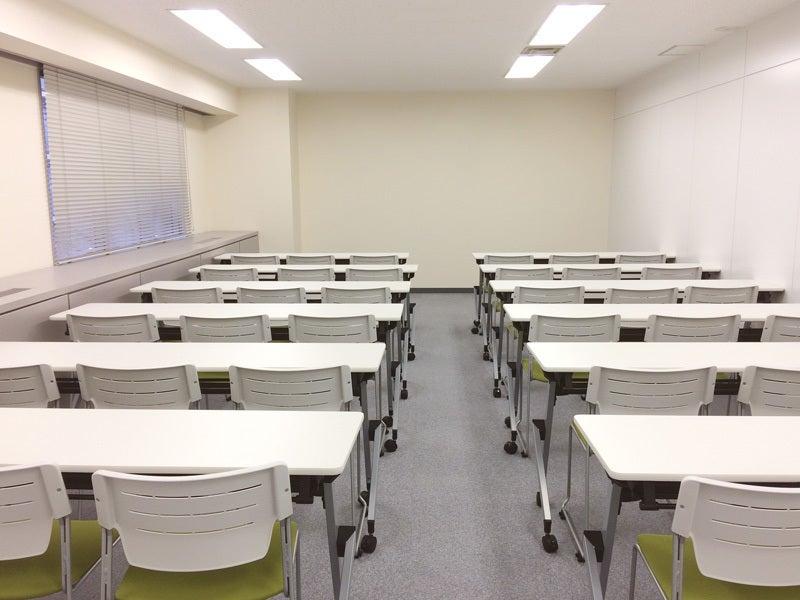 浜松町駅から徒歩3分!プロジェクターやWiFi完備。ケータリングにも対応した会議室(4F K)(ビジョンセンター浜松町) の写真0
