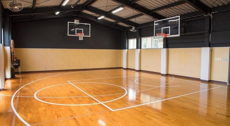 福岡市東区にある小さな体育館。バスケットやダンス、セミナーなど様々な用途でご利用可能!