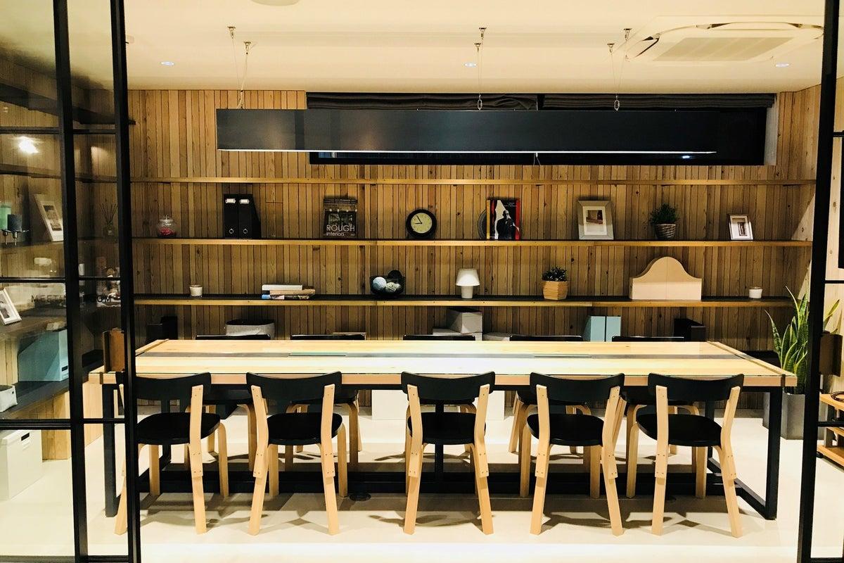 「W CAFE」 少人数でのミーティング、商談、セミナー、研修に最適です! の写真