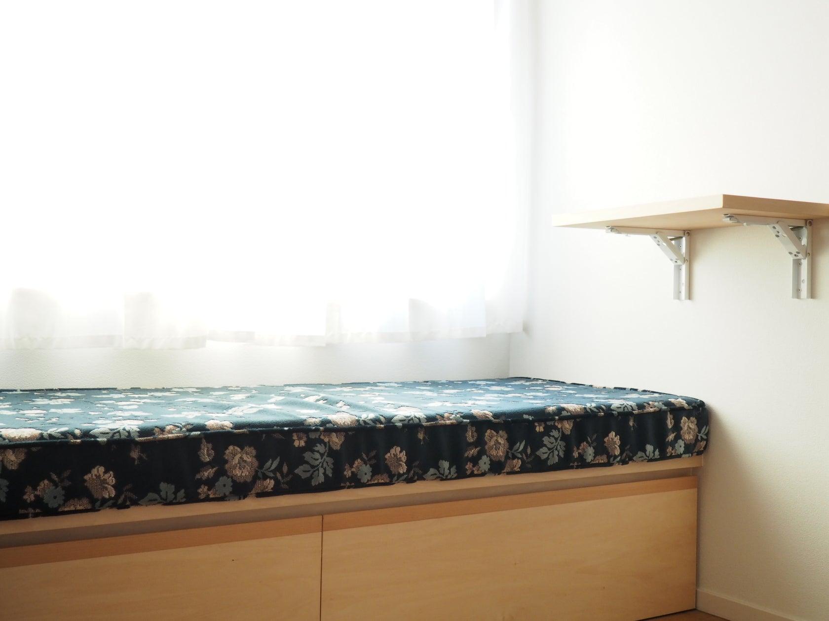 茨城県鹿嶋市小さなカフェ<キッチン利用なし> 講習会、イベント、ロケ撮影に。最大10名まで。 の写真