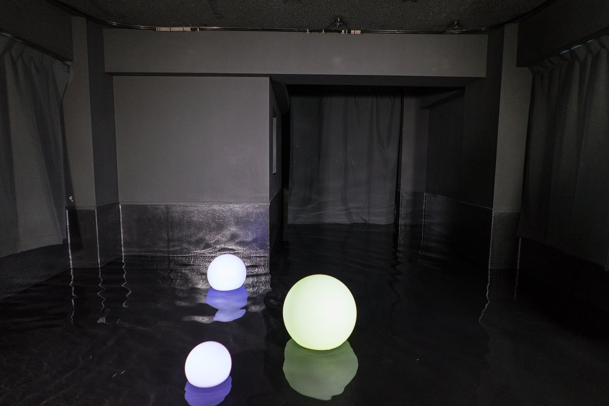 <3Fフロア> 水撮影ができる(温水可能)・黒ホリゾント・自然光・コスプレ撮影・作品撮り の写真