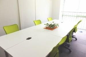 【五反田・大崎広小路駅より5分】4〜10名会議室。格安 の写真