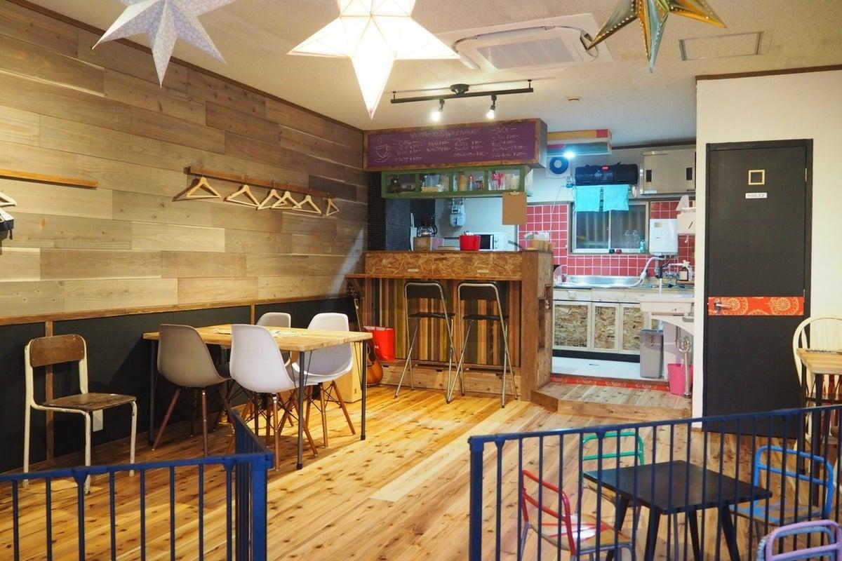 【大阪・玉造 上本町から徒歩10分】お洒落なカフェスペース。格安でママ会やイベント開催が可能!子連れにやさしい作りになってます! の写真