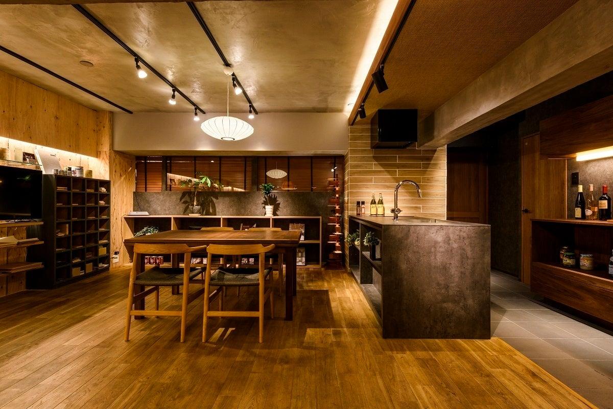 大濠公園駅 徒歩3分。1964年ヴィンテージビルをリノベーションしたラグジャアリー空間。リノベエステイトShowRoom(リノベエステイト キッチンスタジオ(Renovestate Kitchen Studio)) の写真0