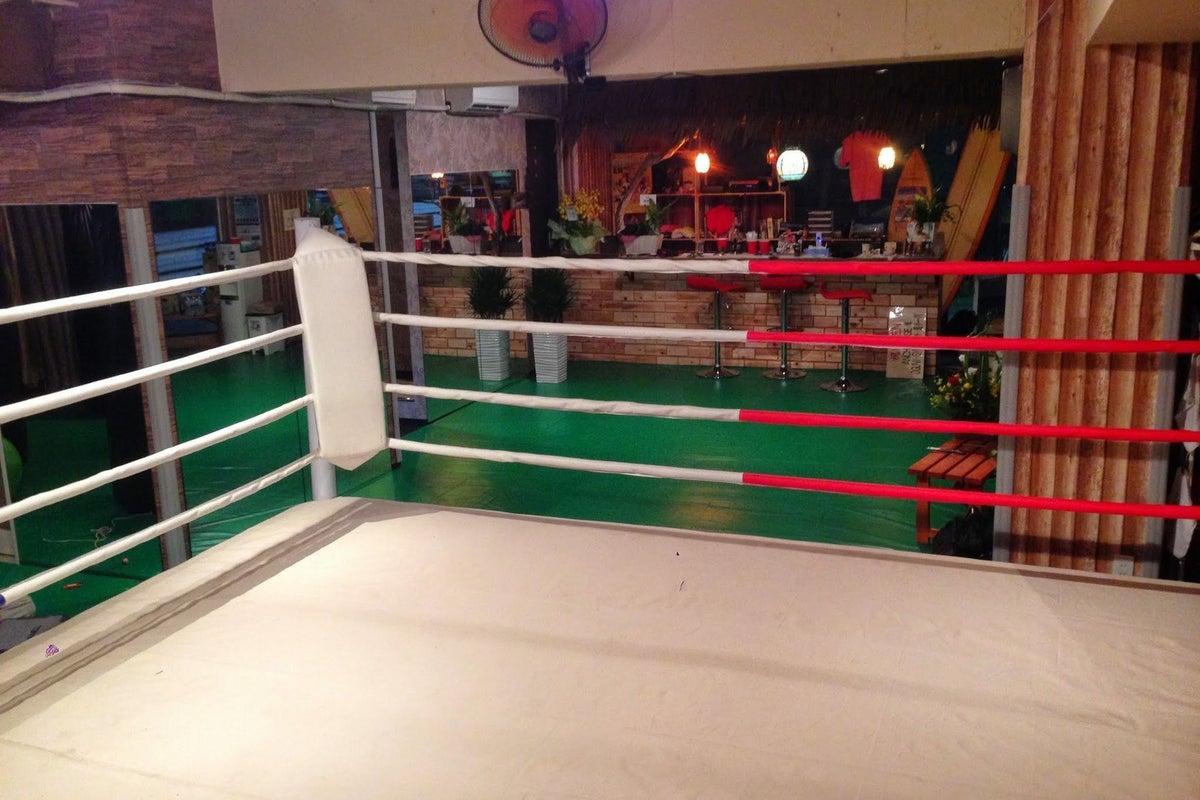 西鉄大橋駅前キックボクシングジム!トレーニング、セミナー、研修、女子会などなど、自由にご利用ください!! の写真