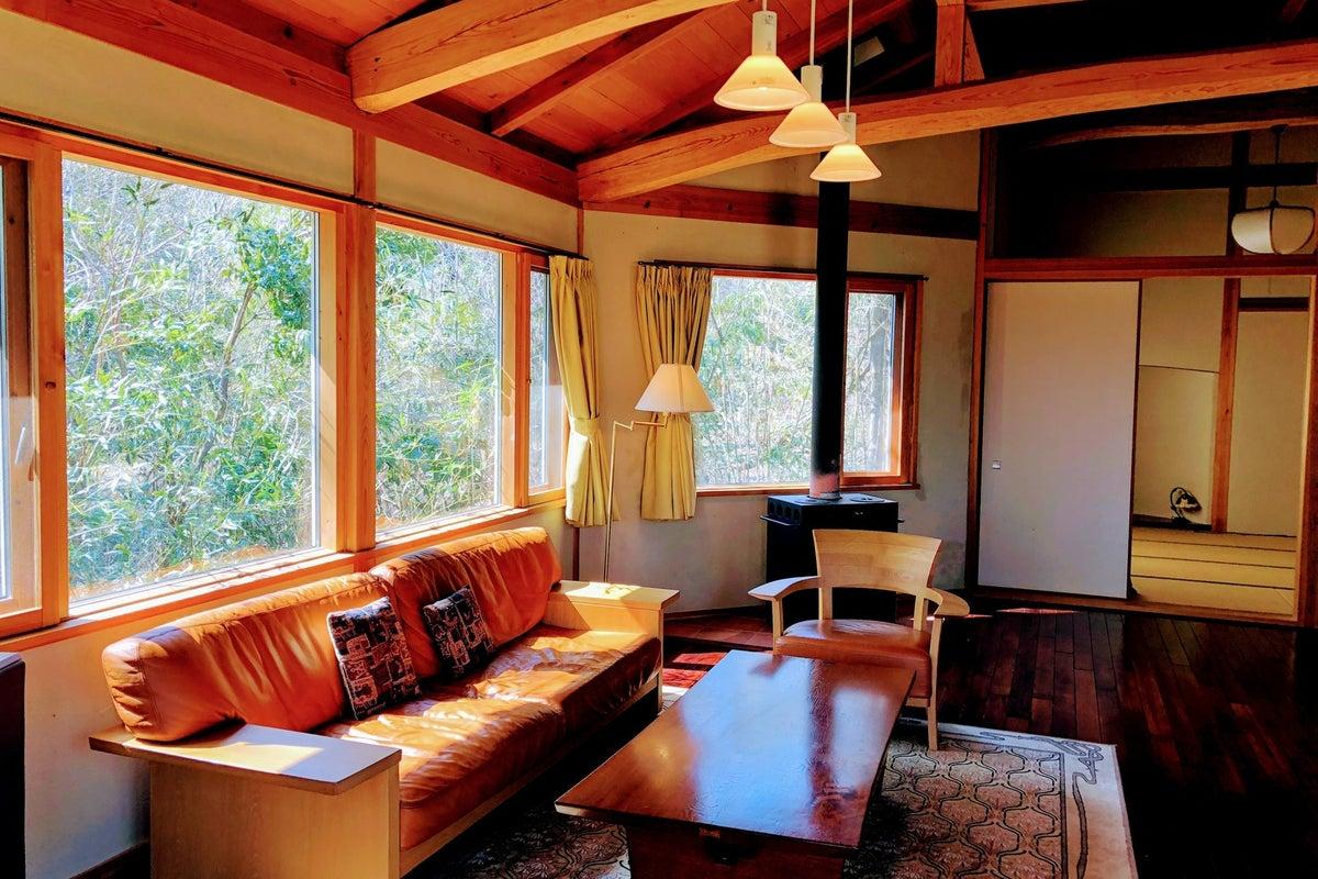 近江舞子、大阪、京都からアクセス抜群!琵琶湖まで徒歩5分、比良山が一望できる森のコテージまるまる貸切 の写真