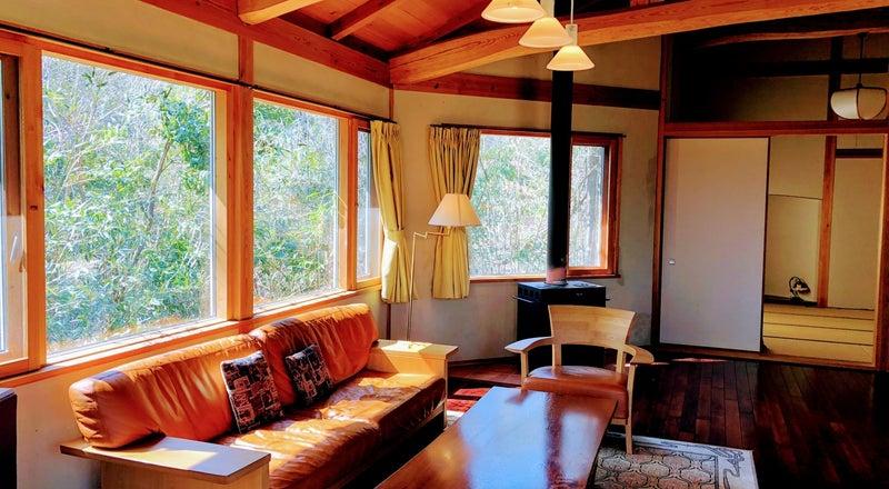 近江舞子、大阪、京都からアクセス抜群!琵琶湖まで徒歩5分、比良山が一望できる森のコテージまるまる貸切
