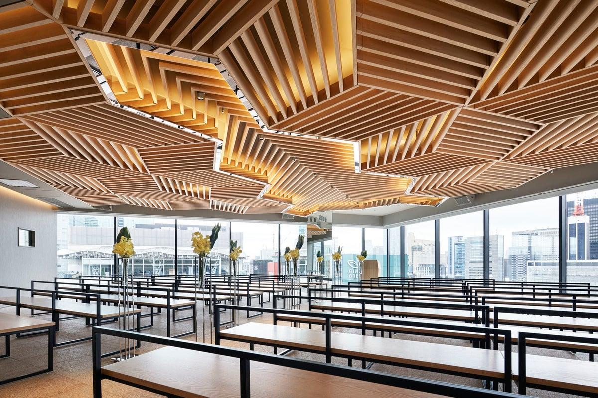 【銀座】多目的ホール(GINZA SIX最上階)高級感あふれる会場は、ブランドの発表会やイベント利用にも。 の写真
