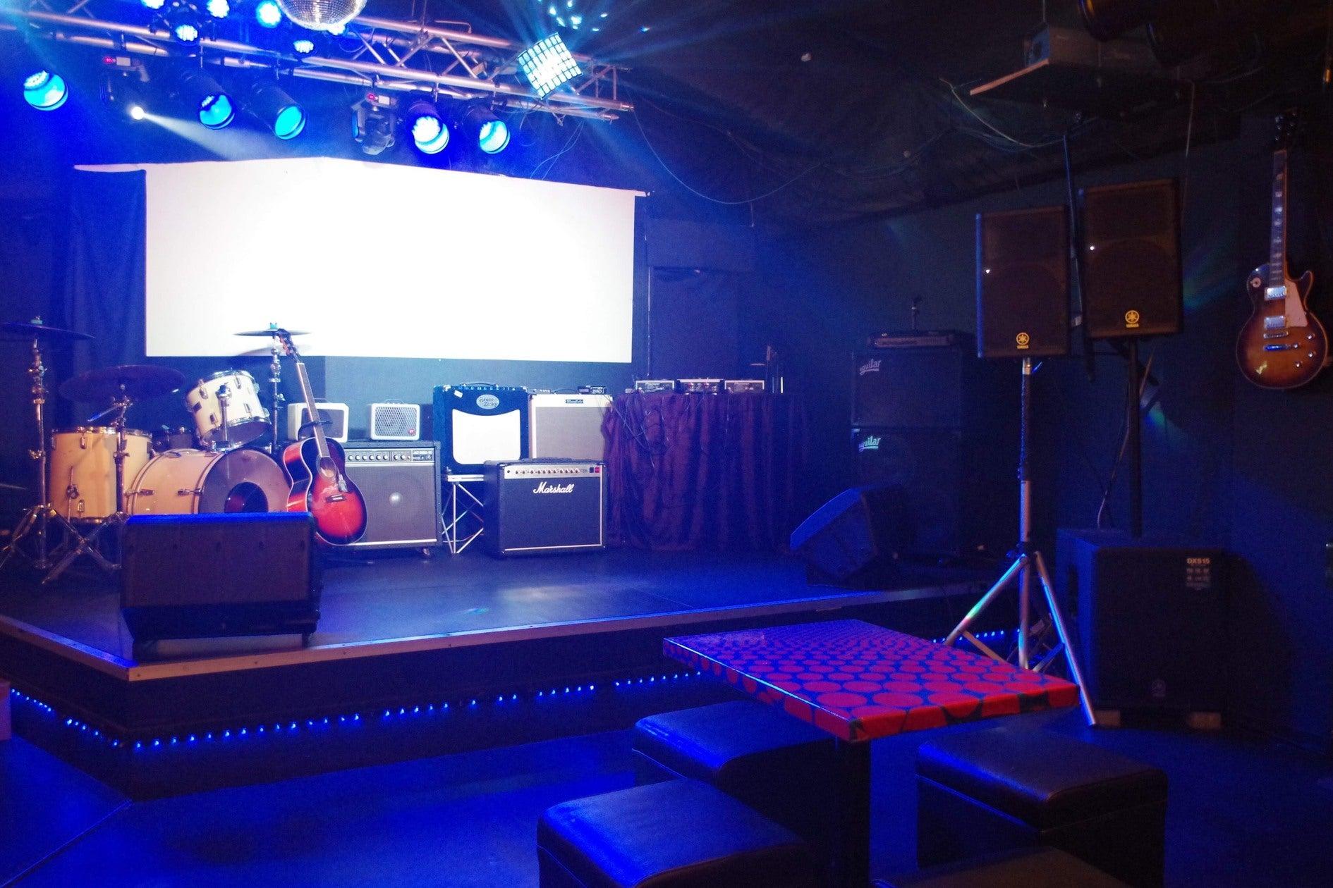 【歓送迎会や結婚式の2次会に最適!!】本格音響設備が揃うライブハウスバーがキャンペーン価格で貸切り可能!!(HOUSE OF BLUES STORMY MONDAY) の写真0