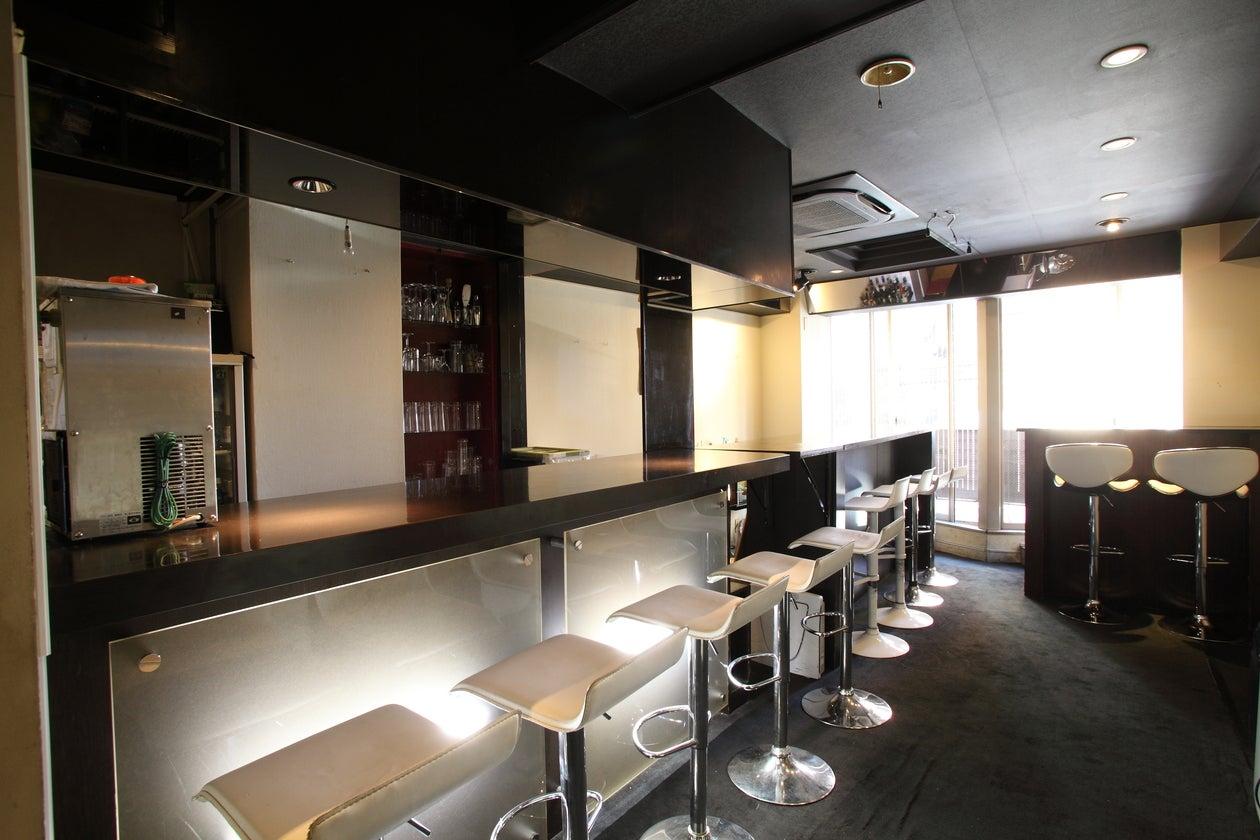 【神楽坂3分】 TV、雑誌で人気の奥神楽坂のカウンターバー、キッチン付き/終日利用は、1h1600 の写真