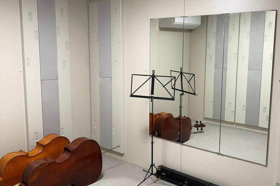 地下鉄花園町徒歩4分!ヤマハ セフィーノNS4.3畳 防音室 レッスンや練習、アンサンブルに! の写真