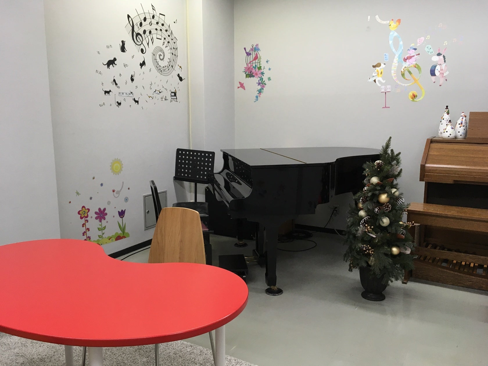 【グランドピアノ・電子チャーチオルガン付き】練習・会議・撮影など大歓迎! の写真