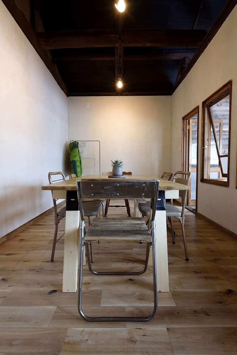 古民家をリノベーション!古材と漆喰壁の落ち着きある隠れ家的スペース。個人・商用問わず多目的に利用可!   の写真