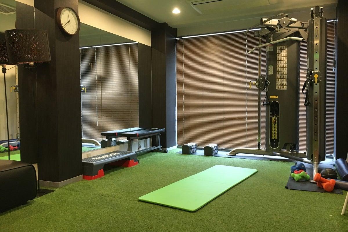 【新富町駅より徒歩2分】パーソナルトレーニングにおすすめ/完全個室/機材完備/PREMIUM LIFE FITNESS東銀座 の写真