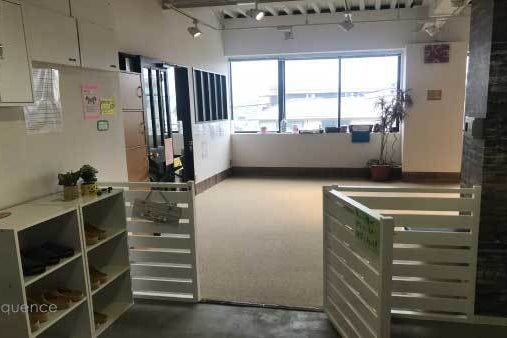 キッズルーム完備、1Fにカフェも併設する「SQ Rental studio」 の写真