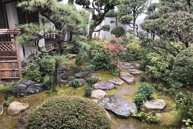 大阪からすぐ!四季を感じる日本庭園・蔵あり。100年以上の歴史ある古民家 広間(3間続きの座敷)  の写真