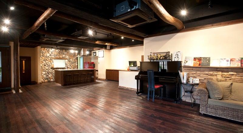 【名古屋市 港区】カフェの雰囲気が素敵な本格キッチン付スタジオ クラルテ