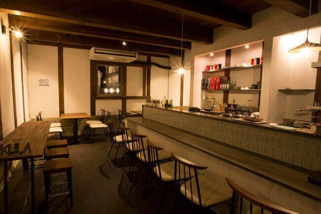 江戸末期の蔵をリノベーションしたカフェ の写真
