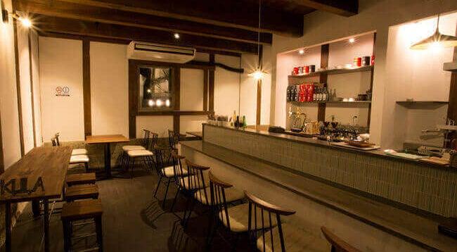 江戸末期の蔵をリノベーションしたカフェ