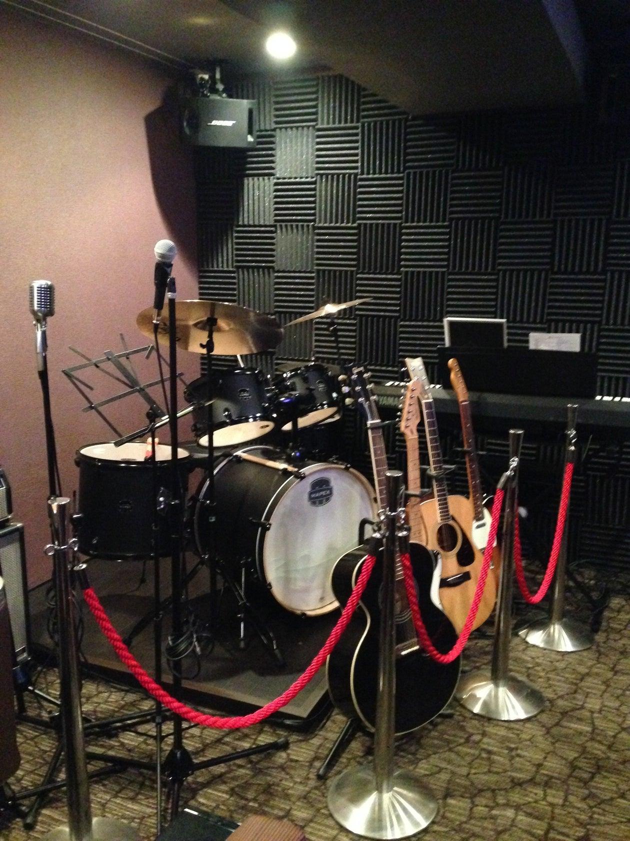 演奏スタジオ&バー トップ(小さな演奏バー ダイニング&バー トップ) の写真0