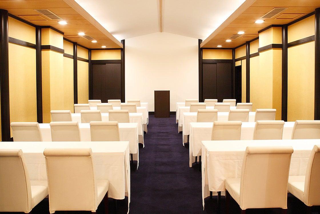 【千葉】サンク 会議から結婚式まで多様に使用できる個室空間 の写真