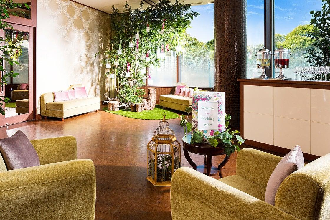 【横浜】オーキッド  自然の温もりに包まれた緑溢れるパーティ会場 の写真