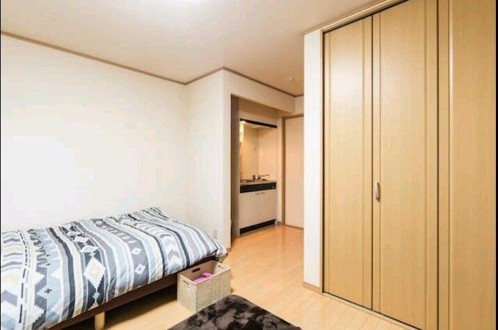 ミニキッチン付きのお部屋101号室。 ダブルベッド