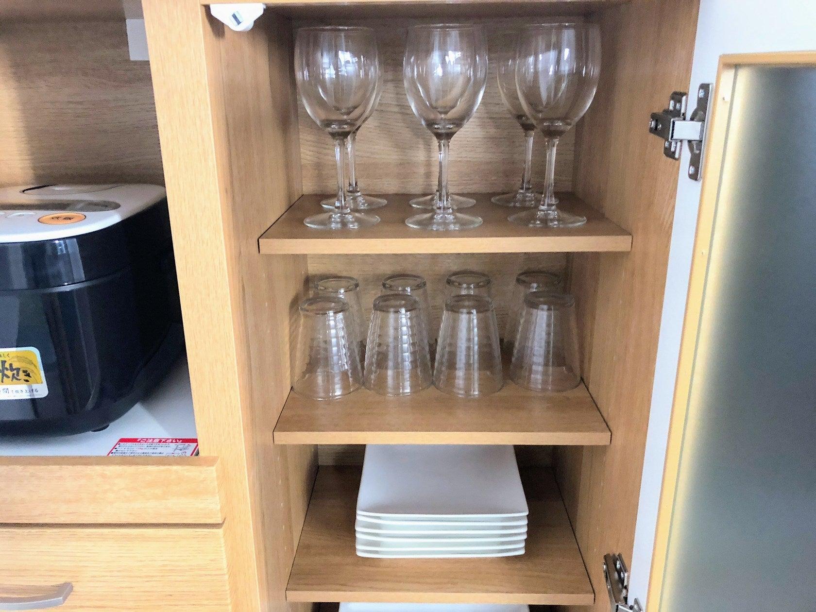 グラスなど。外に持ち出す時は破損に気をつけてください。破損は基本、弁償でお願いします。