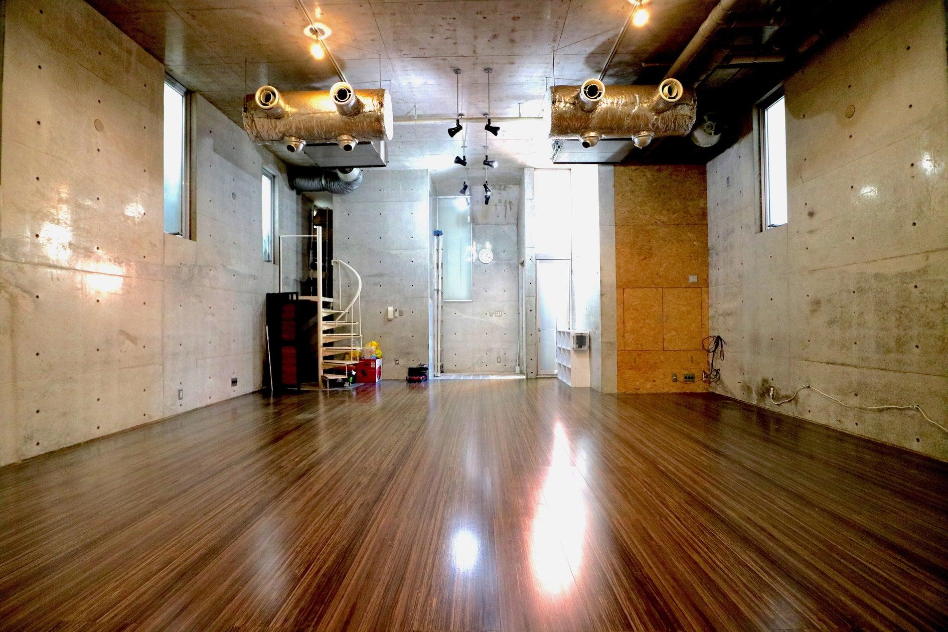自由が丘徒歩5分!各種ダンスなどの利用可能なレンタルスタジオスペース!RAISE UP STUDIO JIYUGAOKA のサムネイル