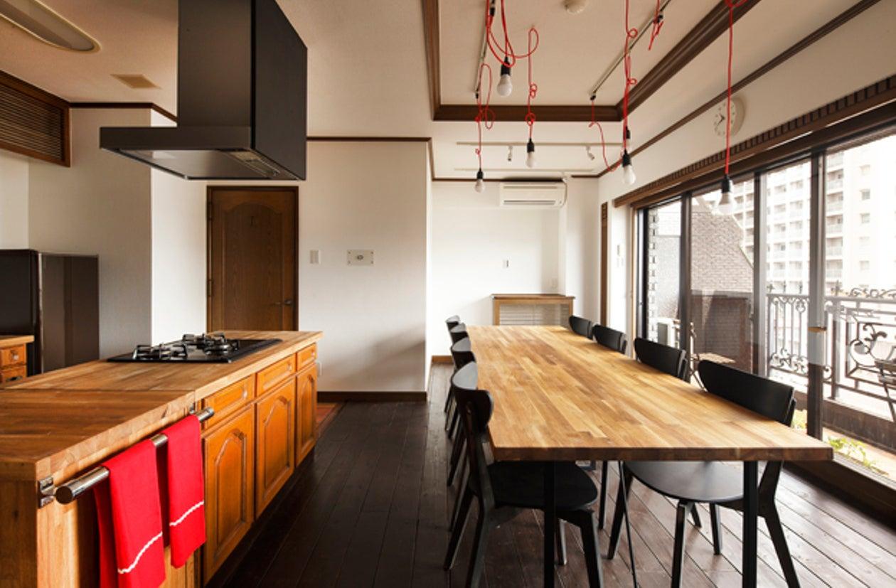 Love Story Kitchen(充実の調理道具・器・グラスとpoggen pohlのビンテージキッチン) の写真