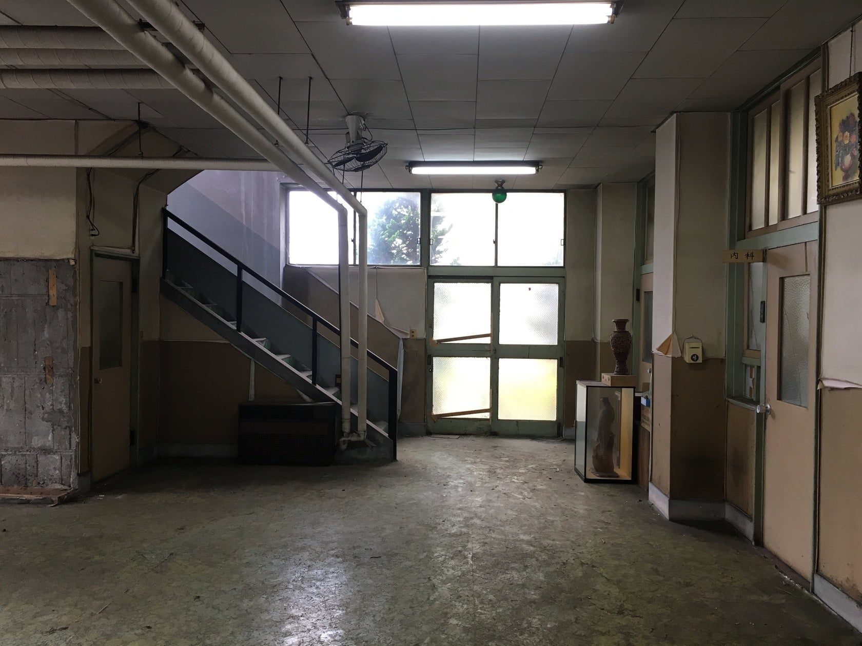 【八潮市廃病院スタジオ】廃墟、廃病院です。コスプレ撮影等にどうぞ!(八潮市廃病院スタジオ) の写真0