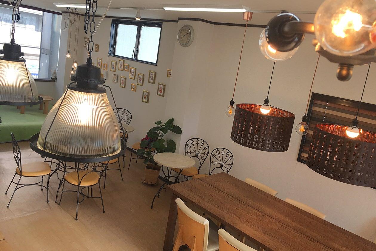 駅近!商店街にあるキッチン付きスペース、パーティ・料理教室・茶話会などに♪ の写真