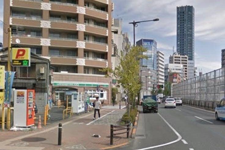 池袋駅徒歩圏内,要町駅2分,新宿渋谷銀座横浜と地下鉄1本線で繋がる。鏡付き多用途スタジオ。 の写真