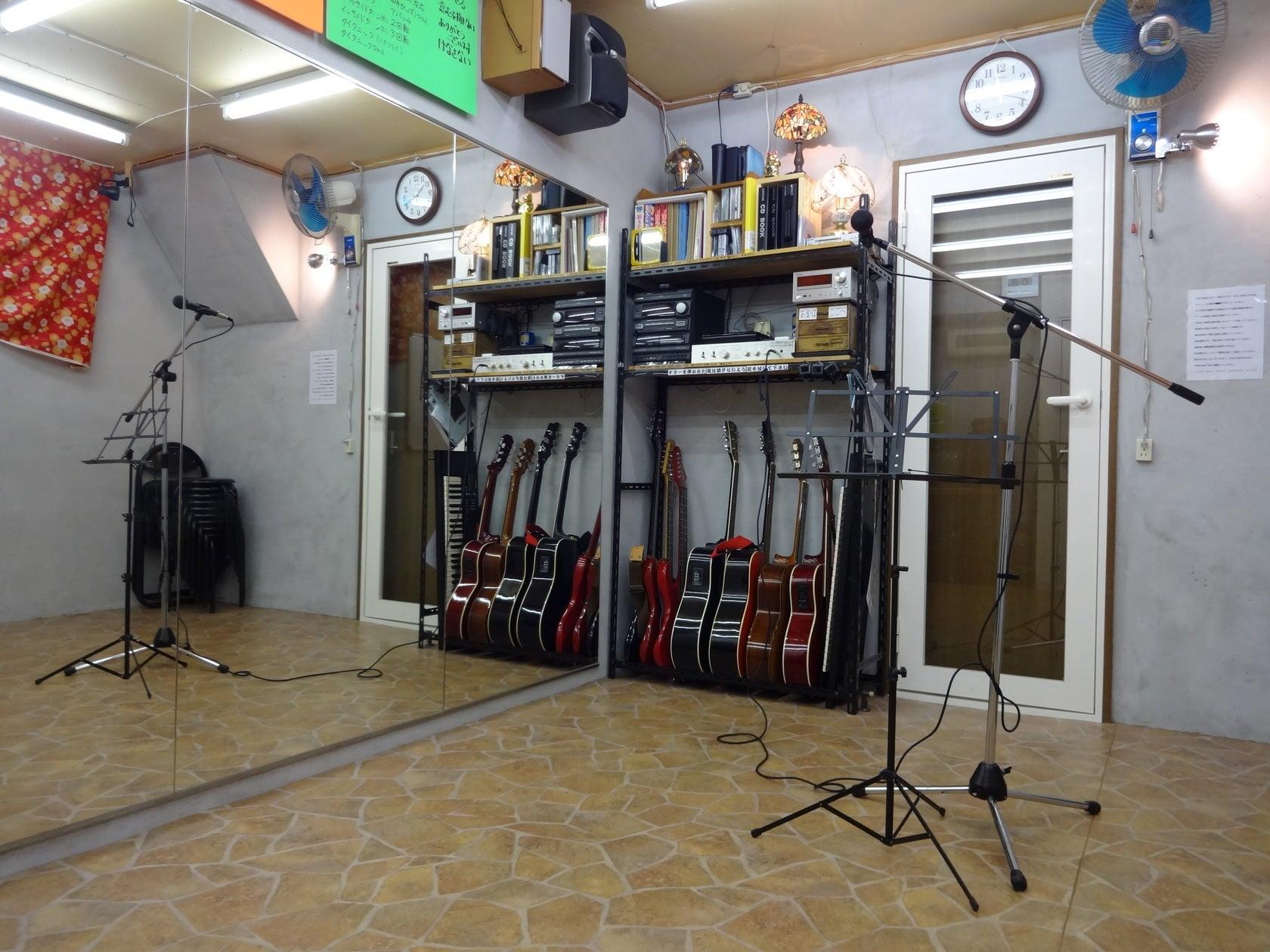 Johnny貸しスタジオ【京都・くいな橋駅徒歩7分】大きな鏡のある防音個室貸しスタジオ!楽器貸出無料!(Johnny貸しスタジオ) の写真0