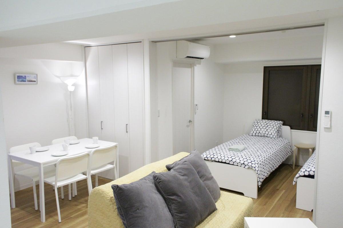 新宿まで6分の好立地!!広々としたラグジュアリーなお部屋#2B の写真