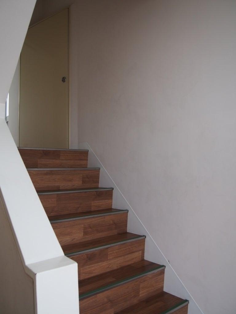 エレベーターが無いので、階段利用になります