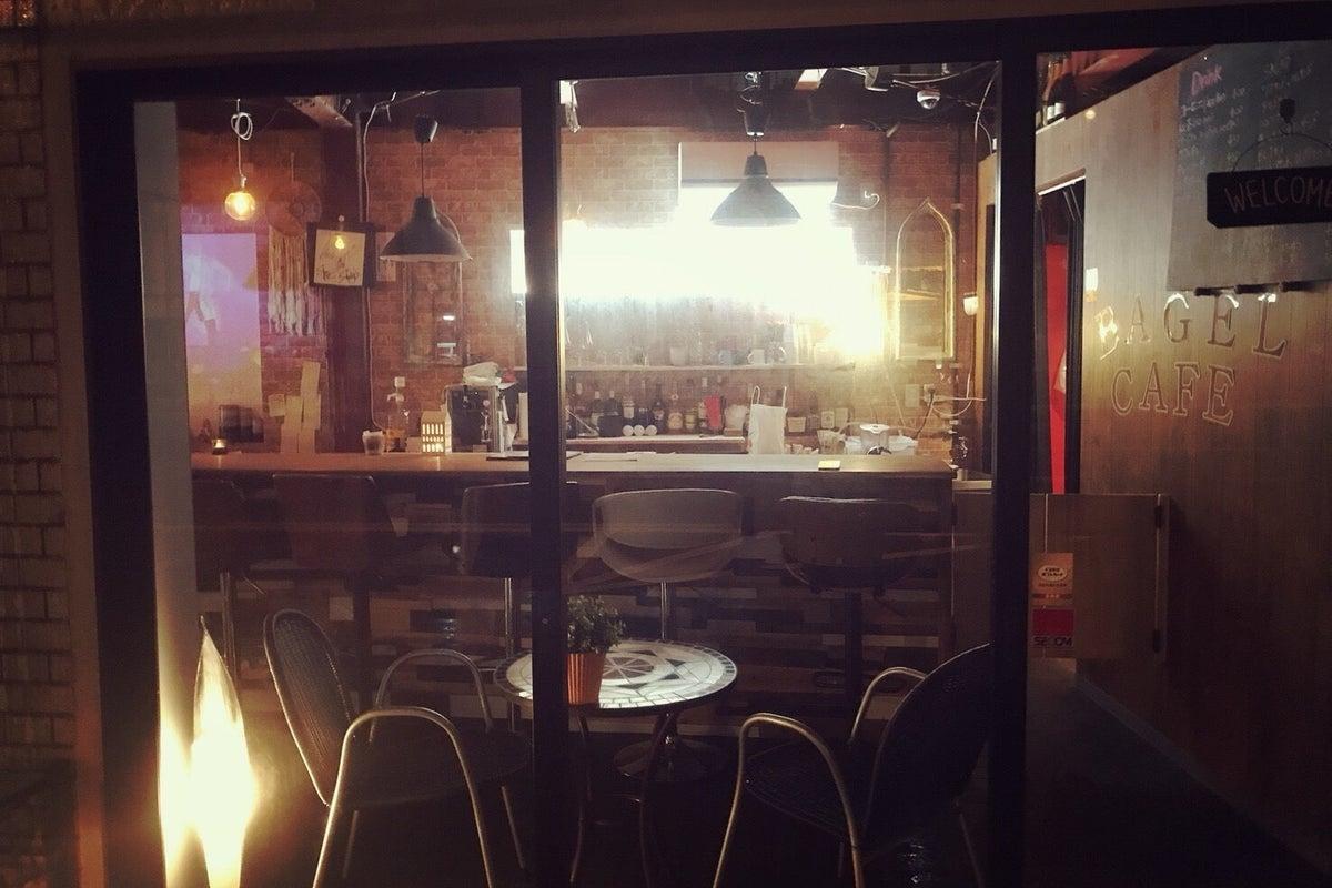 お洒落なカフェ&バーで非日常を感じれる★イベントシーンに! の写真