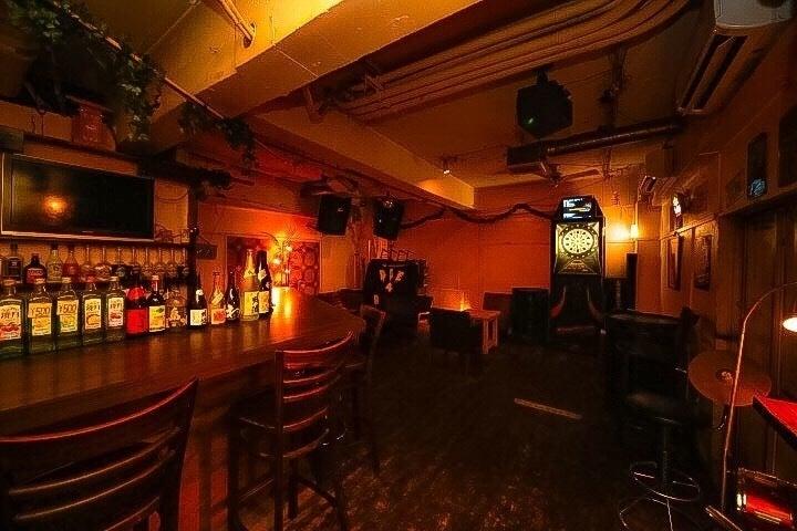 心斎橋駅徒歩3分!隠れ家BAR!カラオケ、DJブース、大型プロジェクター、ダーツ、イベント利用可能! の写真