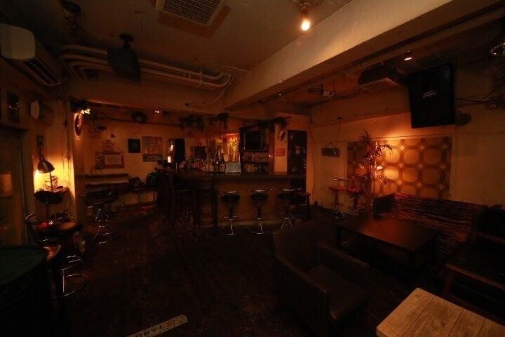 心斎橋徒歩3分!隠れ家BAR!カラオケ、DJブース、プロジェクター、ダーツ利用可能! の写真
