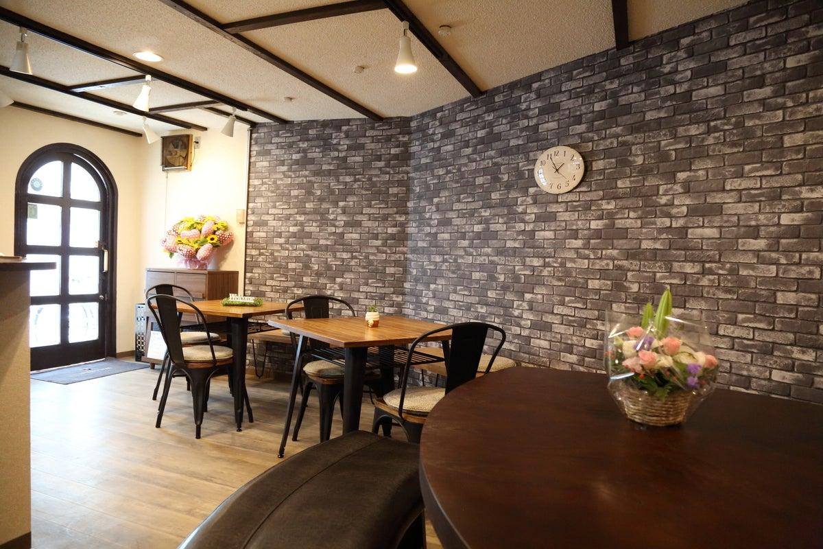 レトロな喫茶店をオシャレにリメイク★会議室・イベント・個展・ワンデイカフェなどキッチンも使えます! の写真