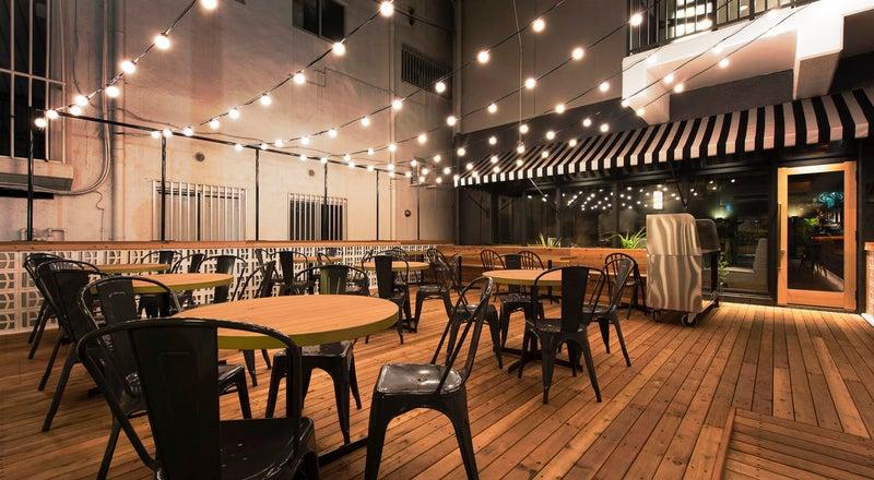 【沖縄】ESTINATE HOTEL 1Fテラス席【ワークショップ/ヨガ/様々な会議など】
